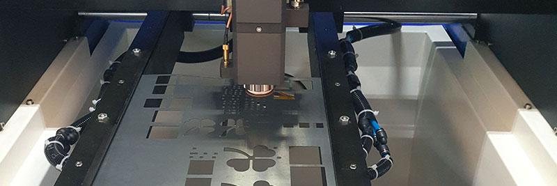 直線電機鐳射切割機